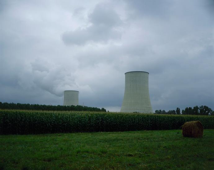 http://www.constanzapiaggio.com/web/new/files/gimgs/30_nuclear.jpg