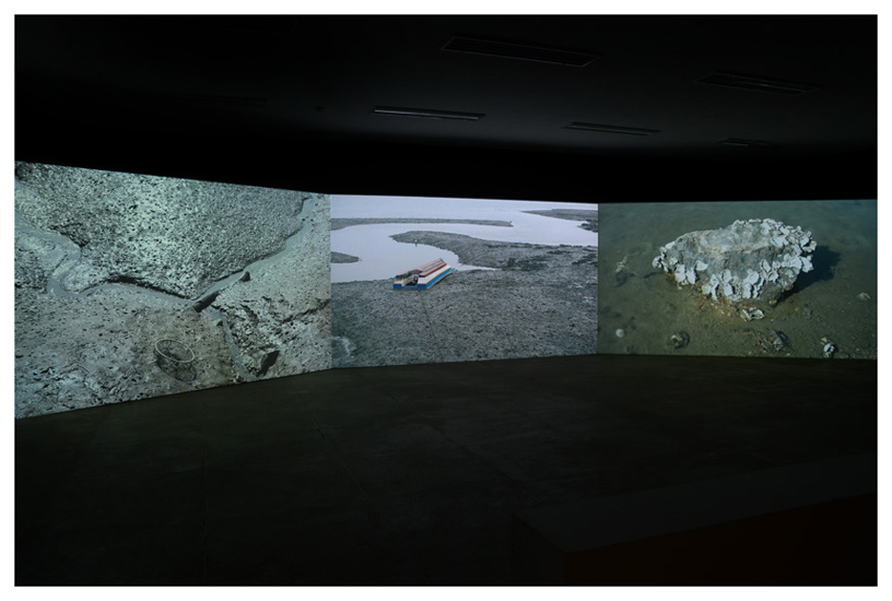http://www.constanzapiaggio.com/web/new/files/gimgs/3_video-installation-2.jpg